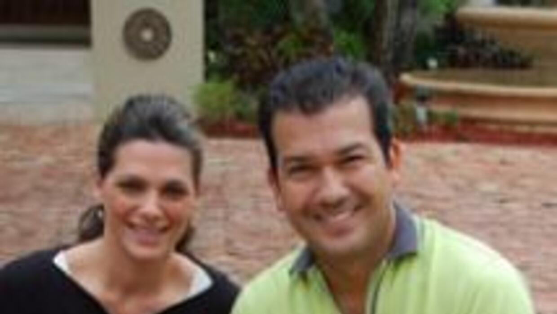 Bárbara y Mario Andrés entrenaron a sus perritos para el nacimiento de M...