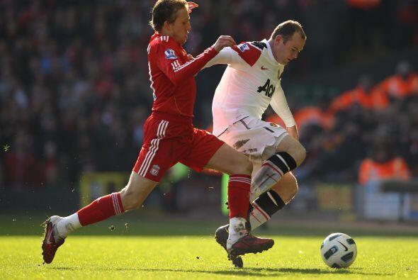 Pero el ataque visitante fue casi nulificado por Liverpool.