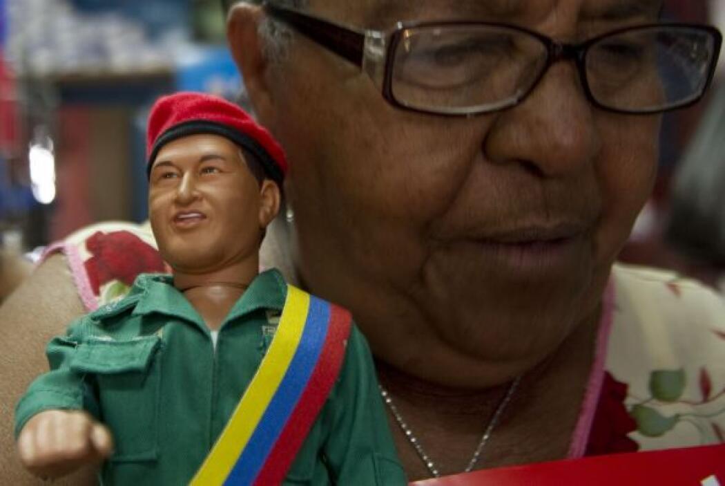Pero uno de los mejores ámbitos para explotar la imagen de Hugo Chávez,...