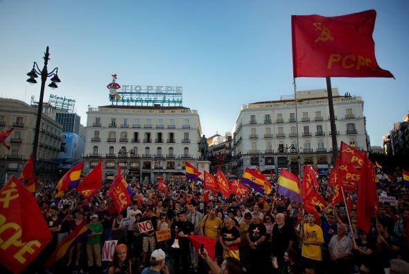 Marchas similares se convocaron en decenas de ciudades españolas.