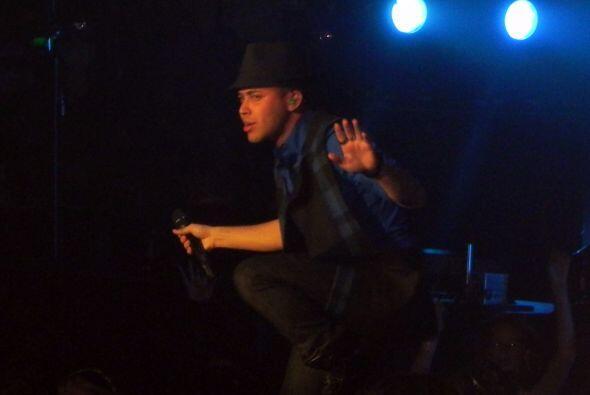 Para Royce es algo nuevo cantar ante estadios repletos y se le not&oacut...