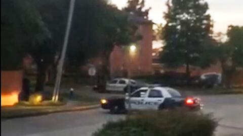 Un video grabado por un testigo registra el intenso tiroteo ocurrido en...