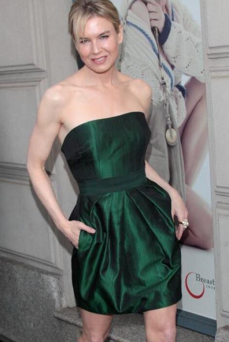 """Reneé Zellwegger se dio a conocer como una chica poco agraciada en """"El d..."""