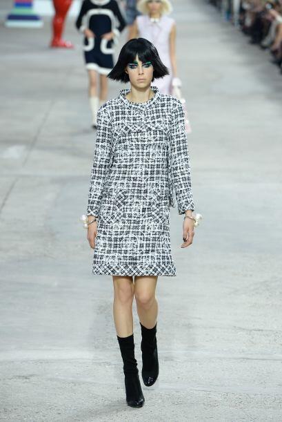 Vestidos y abrigos son las piezas claves con las que cualquier mujer pod...
