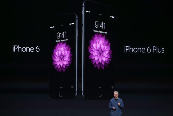Apple presentó su nuevo teléfono inteligente: el iPhone 6 de 4.7 pulgada...