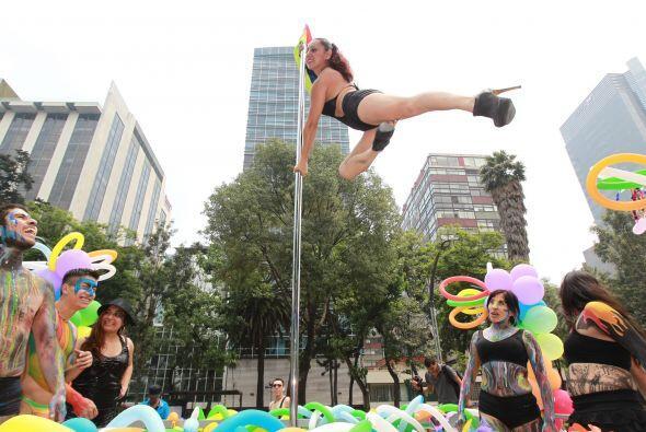 Algunos de los participantes mostraron sus habilidades en pole dance.