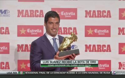 Luis Suárez recibió su segunda Bota de Oro
