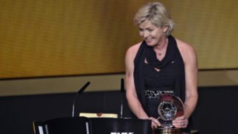 Neid llevó a la seleción alemana femenil a ganar la Eurocopa-2013 con un...