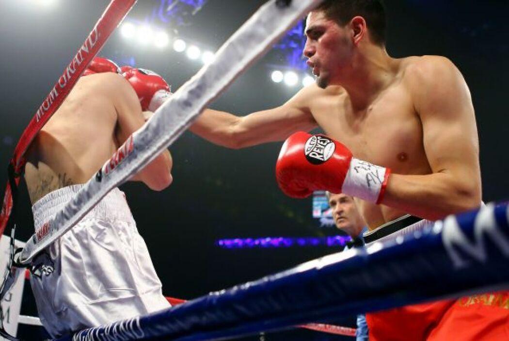 El olímpico estadounidense de origen mexicano José Ramírez hizo su debut...