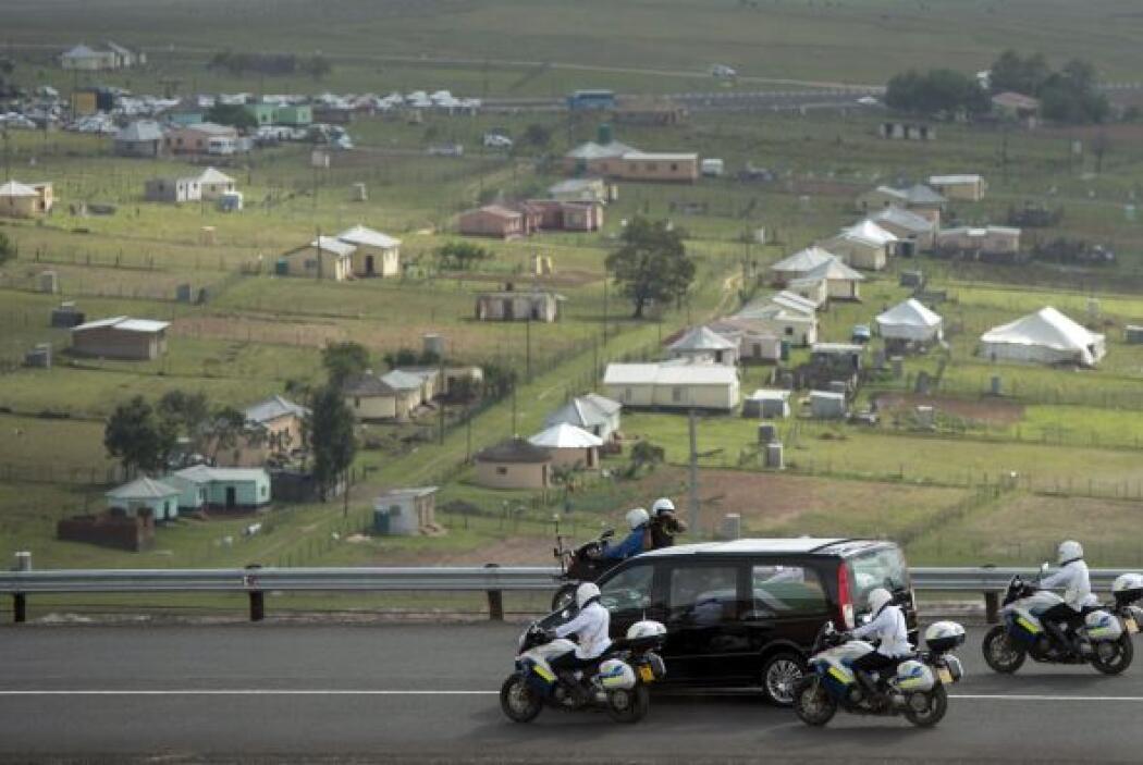 En todo momento estuvo escoltado por un numeroso convoy de las fuerzas d...