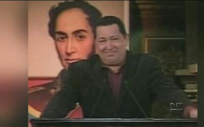 Misteriosa sombra en emotivo discurso del presidente venezolano Hugo Chávez