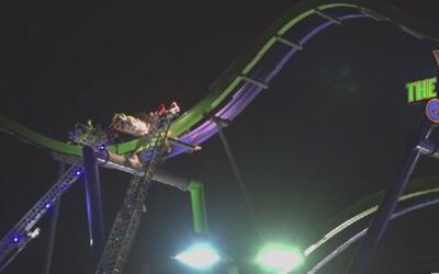Visitantes del parque Six Flags en Arlington vivieron momentos de pánico...