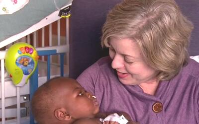 Exitosa operación en hospital Illinois le devuelve a bebé de 10 meses de...