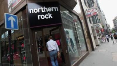 Northern Rock fue salvado por el gobierno británico ante los embates de...