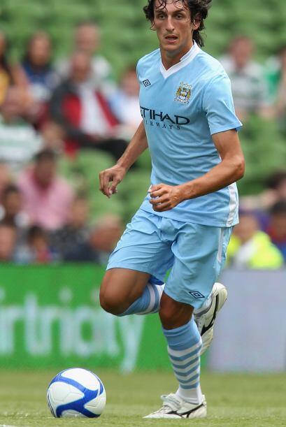 El zaguero llegó a Manchester City para este torneo y sigue en busca de...