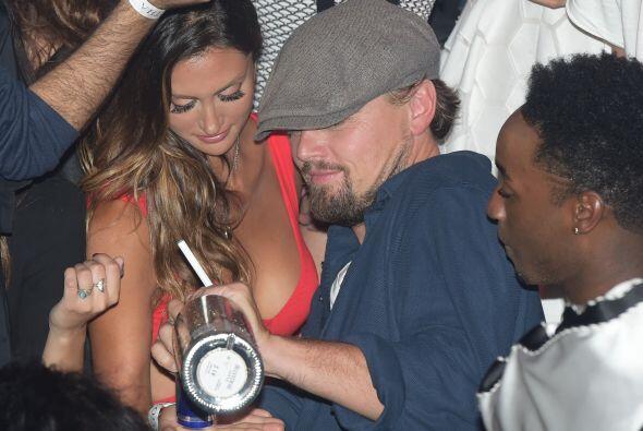 Leonardo decidió pasar una velada inolvidable.Mira aquí lo...