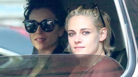 Kristen Stewart y St. Vincent pasean su amor.