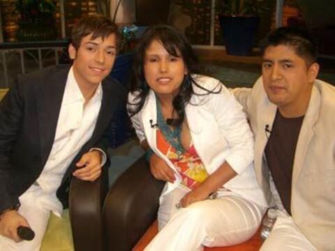 Pee Wee comparte con esta pareja de enamorados: Gudelia Romero y Sergio...