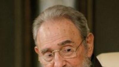 El ex líder cubano, Fidel Castro, acusó a Francia de estar cometiendo un...