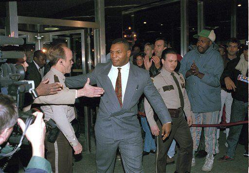 No hay duda que la vida de Mike Tyson ha estado llena de contriversia. T...