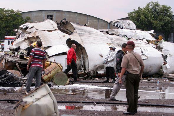 El avión accidetntado era un modelo ATR 42, dijeron las autoridades.