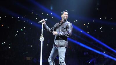 El 'Rey de la Bachata', además de estar entre los más nominados, cantará...
