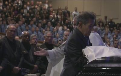 La comunidad de San Antonio da el último adiós al oficial Benjamin Marconi