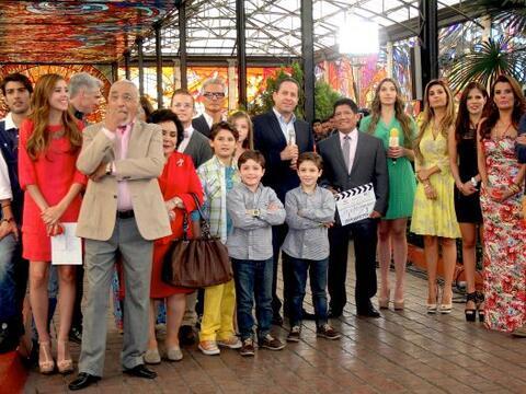"""El elenco de """"Mi Corazón Es Tuyo"""" arrancó con la..."""