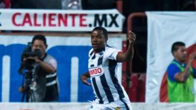 Dorlán Pabó festejando su gol ante Tijuana.