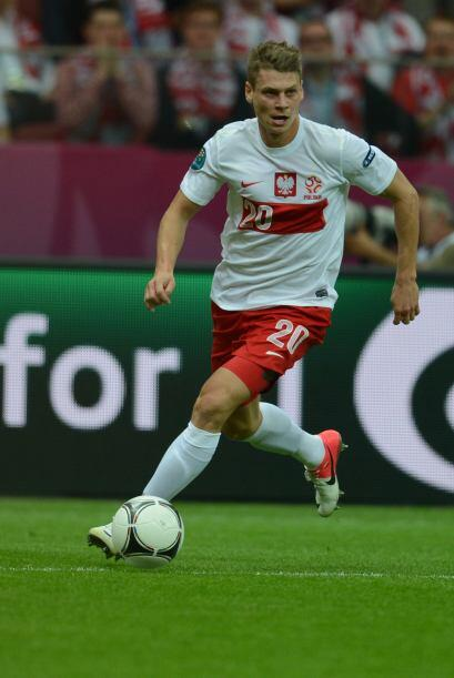 El polaco Lukasz Piszczek se ha formado en la Bundesliga alemana y tras...