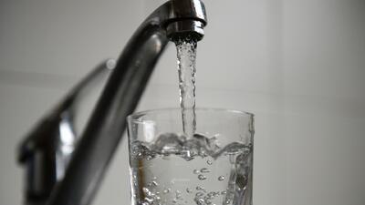 Enalgunas zonas rurales el agua potable está contaminada con arsénico y...