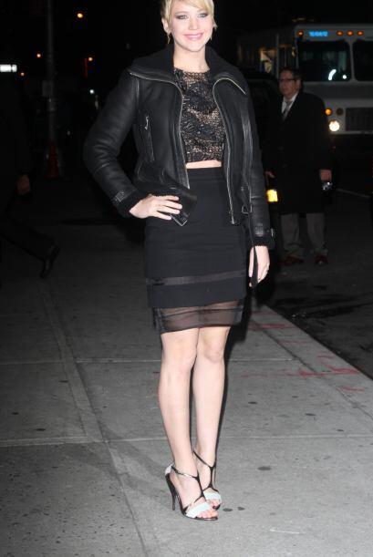 Jennifer Lawrence es una mujer atrevida que retó al frío esta semana con...