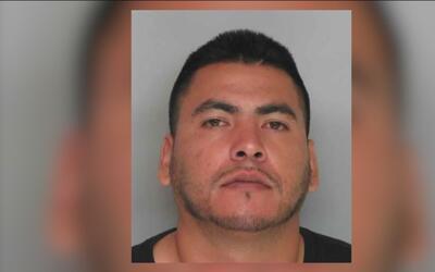 Hombre hispano atropelló y abrió fuego contra un grupo de personas