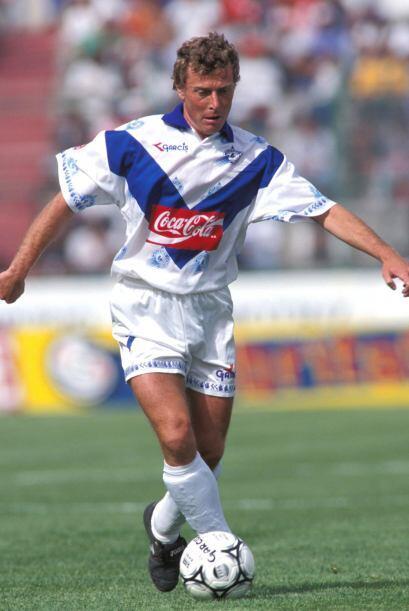 Emilio Burtragueño, ex jugador del Real Madrid, jugó para...