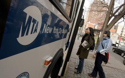 Este domingo comienza a regir el alza en la tarifa de la MTA en Nueva York