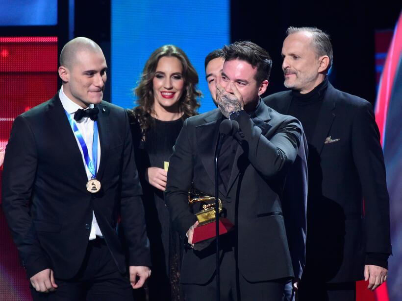 J Balvin recibió el gramófono como Mejor Canción Urbana por su éxito 'Ay...