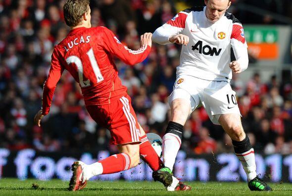En este partido los verdaderos 'Reds' fueron los jugadores del Liverpool...