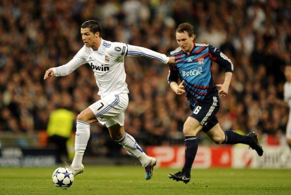 El portugués Cristiano Ronaldo reapareció con los blancos...