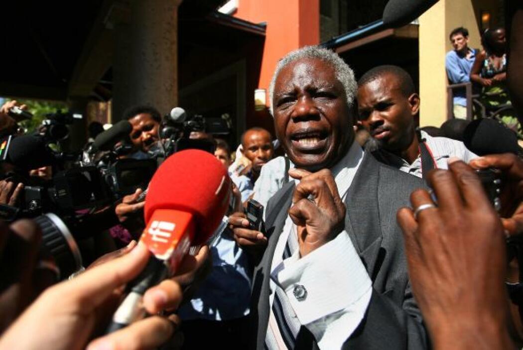 Al arribo de Duvalier, Henry Robert Sterlin, ex embajador de Haití en Pa...
