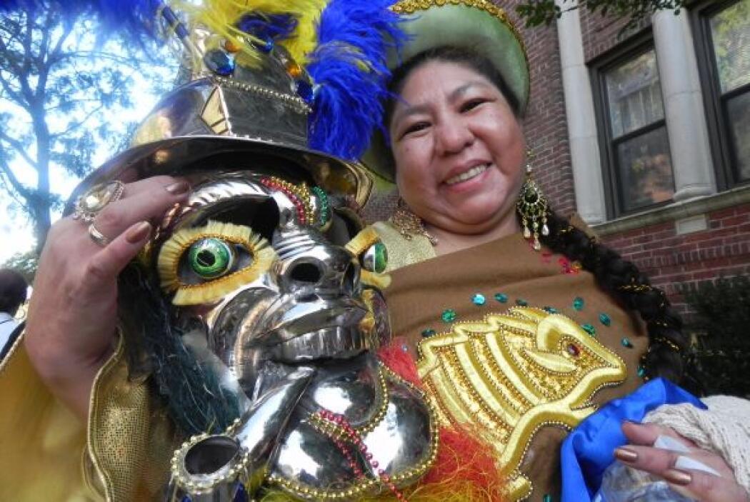 Primer desfile Boliviano de Nueva York 8d03d99e59cf4d24a4bc05f21bea68c6.jpg