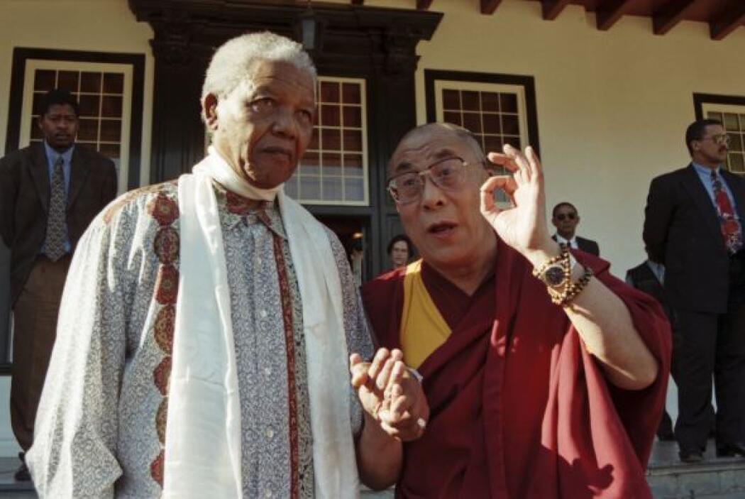 El líder espiritual de los tibetanos, el Dalai Lama, se declaró uno de l...
