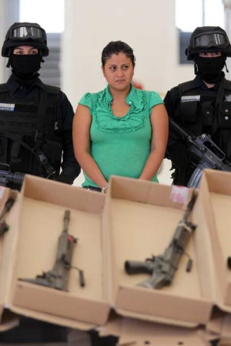 En el operativo también fue detenida su acompañante Carmen Zuñiga Arcia...