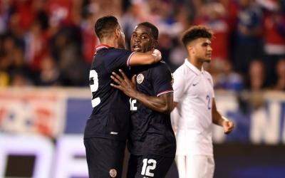 Joel Campbell festeja el gol que le dio el triunfo a Costa Rica.