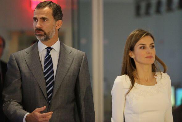 Los príncipes de Asturias se despiden de Univision tras pasar la mañana...
