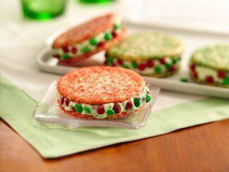SANDWICHES HELADOS NAVIDE'OS:Coloridas y originales, esta galletas son u...