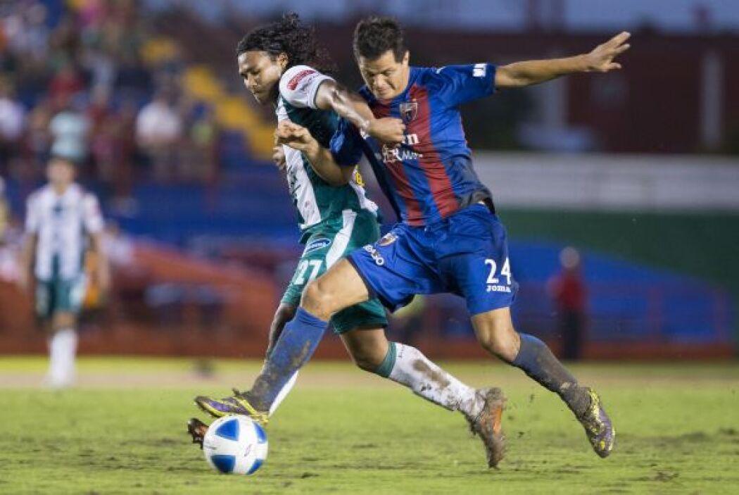 Tras conseguir el título en el Apertura 2013 los esmeraldas de León empa...