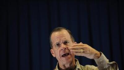 El alto jefe militar Mike Mullen dijo que Estados Unidos tiene un plan d...