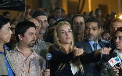 """Lilian Tintori asegura que volverá """"mil veces a Ecuador"""" tras ser """"expul..."""