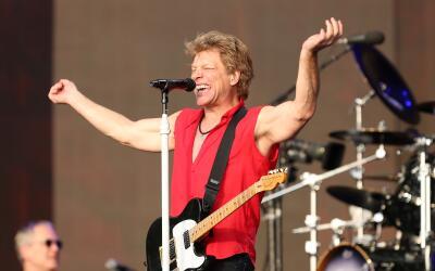 LONDON, ENGLAND - JULY 05: Jon Bon Jovi of Bon Jovi performs live on sta...