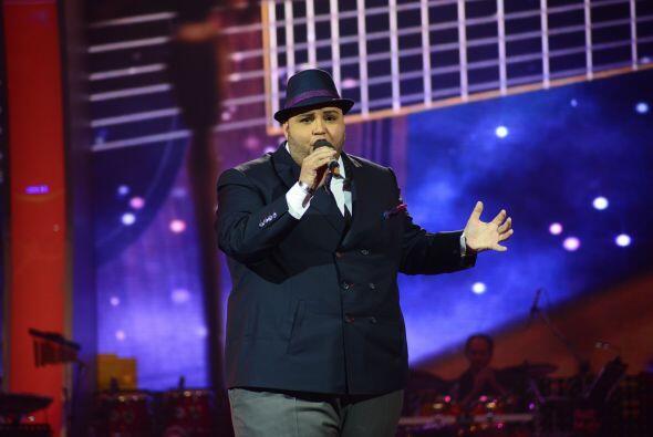 De Puerto Rico, llegó Ricardo Rivera, ahora interpretando el mismo tema,...